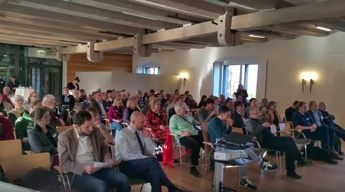 120 Teilnehmer*innen auf der größten Plattform in Norddeutschland zur länderübergreifenden Vernetzung und Auseinandersetzung zum Thema